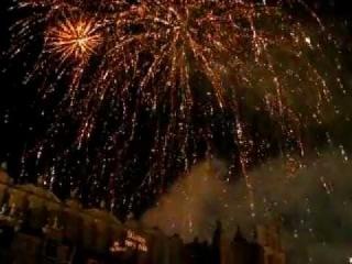 Новый Год в Польше город Краков 2012, фейерверк с музоном