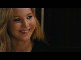Видео к фильму «Дом в конце улицы» (2012): Трейлер (русский язык)