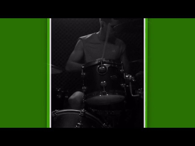 Além de pegador de pênaltis, Gatito mostra habilidade também como baterista