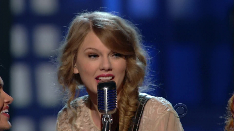 Taylor Swift - Mean (Academy of Country Music Awards 2011)