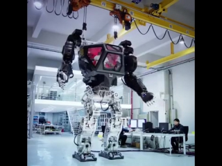 Южнокорейский робот-гигант