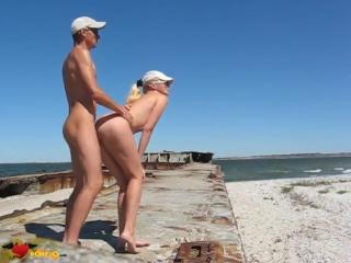 снял шлюху на пляже