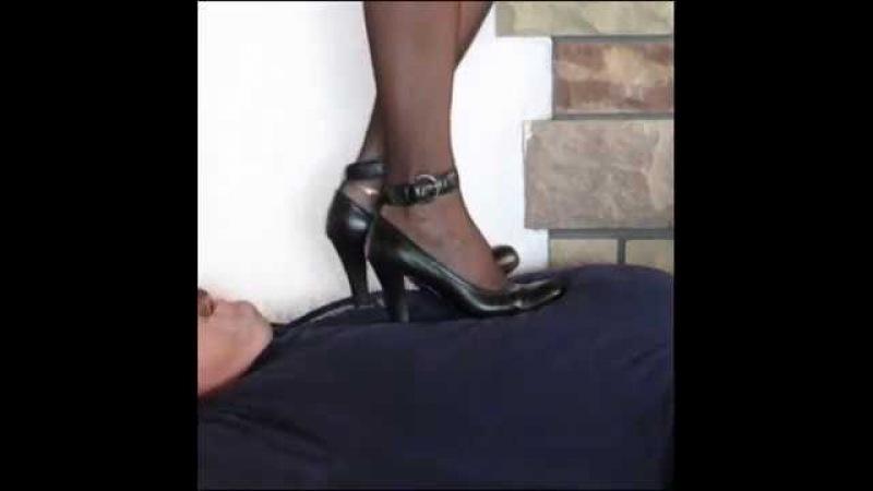 VID4 under heels