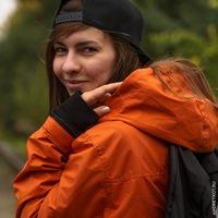 Лена Шумова