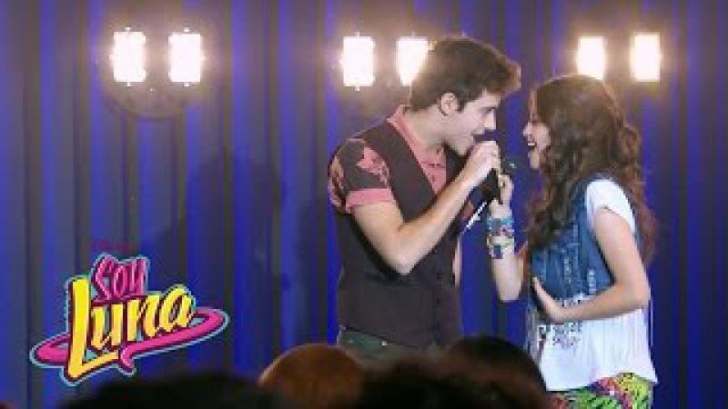 Luna y Matteo cantan Prófugos   Momento Musical (con letra)   Soy Luna