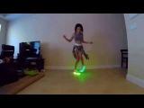 Танец классной девочки.  Светящиеся кроссовкиDance cool girls