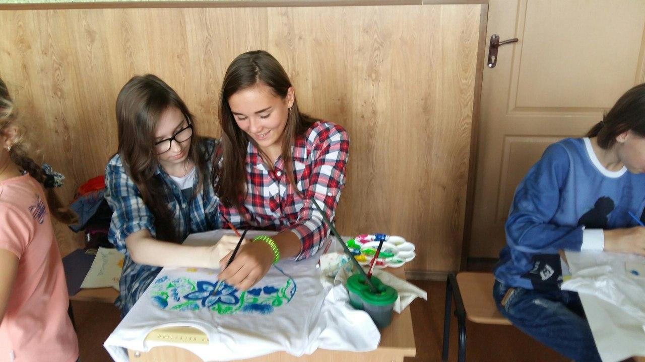 Харківські школярі влаштують благодійній аукціон допомоги бійцям АТО - фото 1
