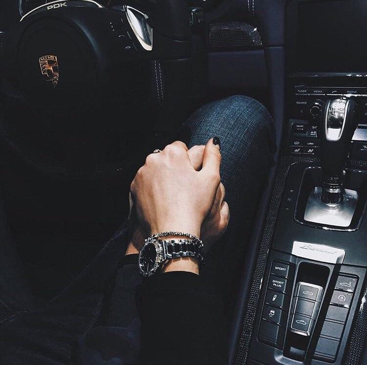держаться за руки в машине фото фото картинки