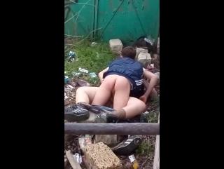 Порно за гаражми фото 741-582