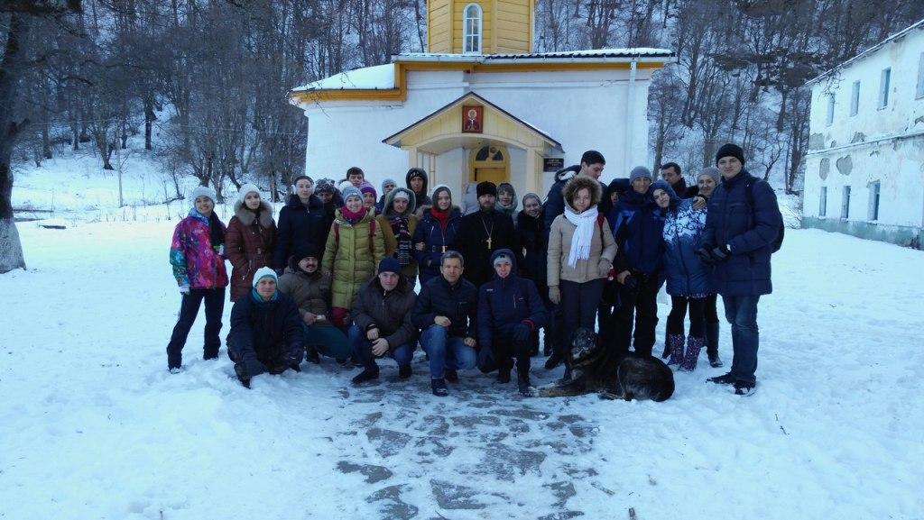 Жители Краснодара посетили святыни Зеленчукского района