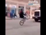 Безбашенный велосипедист