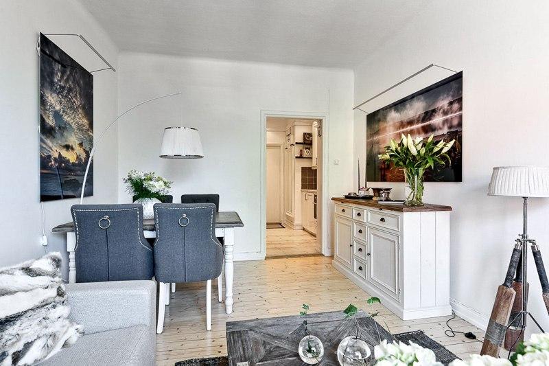 Интерьер квартиры-студии 26 м с кухней в прихожей.