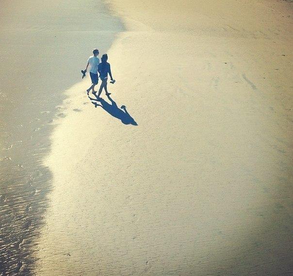 Следуя своим путём, не хватайте никого за руки, пытаясь тянуть за собо