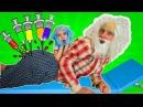 играем в ДОКТОРА с УКОЛАМИ разноцветные уколы в большую попу врач лечит уколами...