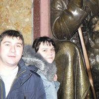 Оля Тихонова