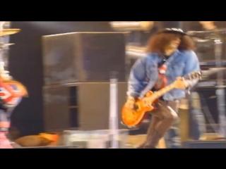GUNS N' ROSES - Paradice City - Freddie Mercury Tribute 1992