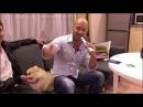 Андрей Черкасов Дом2 поет в караоке-микрофон Tuxun