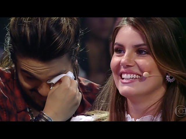 Luan Santana e Camila Queiroz Chora muito com surpresa de sua família