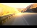 морозная прогулка на самокате ранним утром лео путник в горах Турции