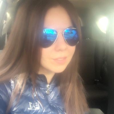 Мэри Татаринова