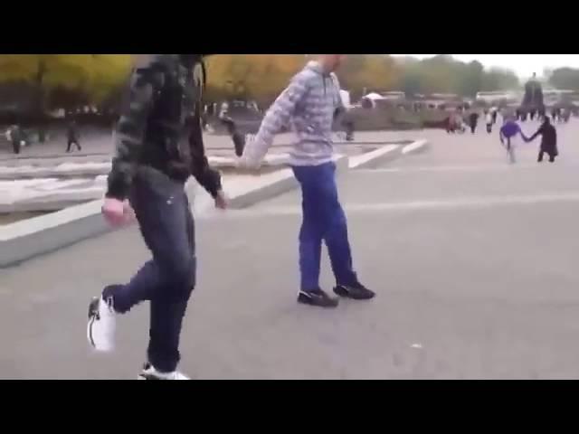 красиво танцуют, золотая молодеж