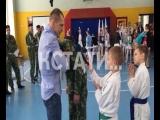 Пятикратный чемпион мира по боевому самбо провел мастер-класс для нижегородских школьников.