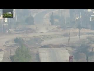 Джейш Аль-Аззи(ССА) уничтожает пикап с шабихой на северной окраине города Суран.