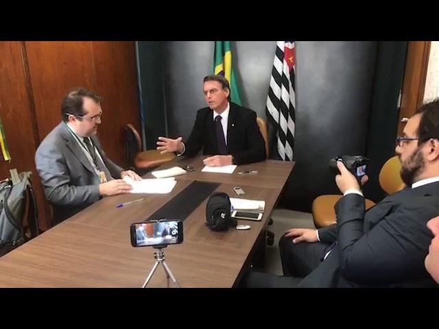 BOLSONARO Refutando Folha de São Paulo entrevista Hoje 19 05 2017