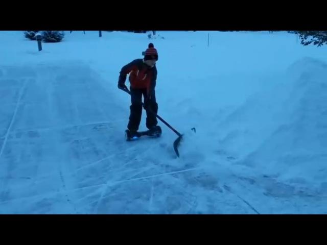 Чистка снега на ховерборде