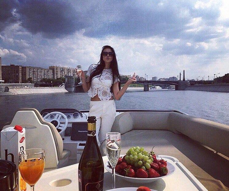 Алиса Александрова |