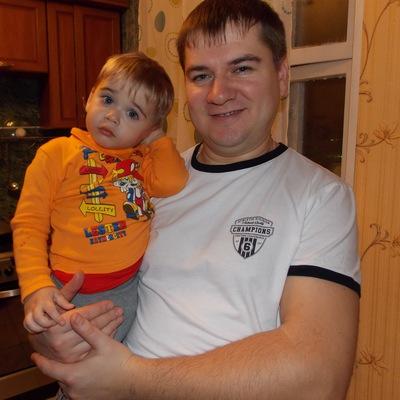 Денис Арбузов