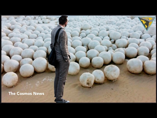 Thousands of Giant snowballs appear on Russian beach in Siberia