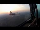 Вид от первого лица из кабины Су-25 во время полёта тройкой