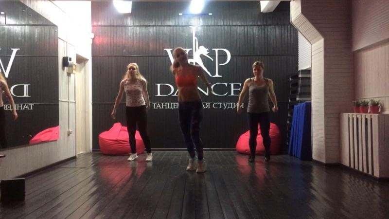 Зумба тренер Vikons lis