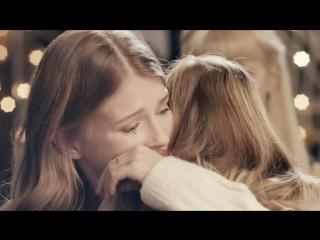 Очень трогательное видео про Маму в интернете - стоит посмотреть.