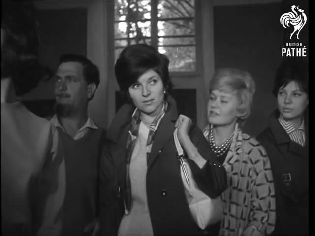 Регина Збарская Ответный визит в Париж советских манекенщиц 1961 г