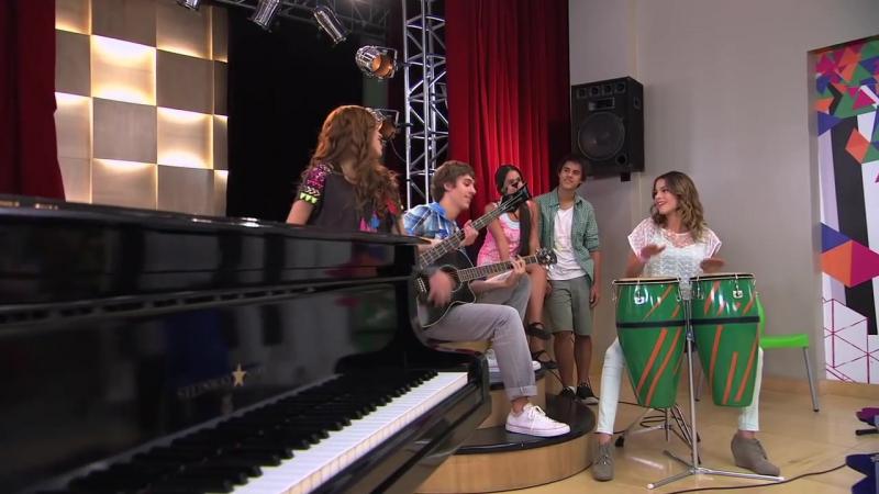Violetta׃ Camila canta ¨Algo suena en mi¨ (Temp 2 Ep 43)