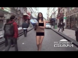 Exhibitionist sexy girls walking naked in Paris