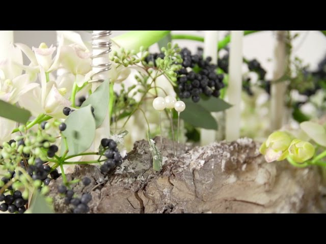 A White Christmas design by David Ragg | Flower Factor How to Make | Powered by LZ Orchidee