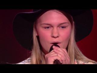 Девушка круто поет песню Photograph   на шоу Голос Дети в Голландии