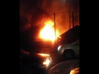 Был пожар по улице Желтоқсан.
