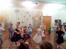 Ксюша на утреннике)))
