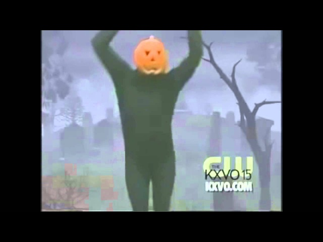 Pumpkin dances to: Cory in the House theme song