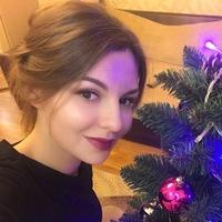 Оленька Моисеенко