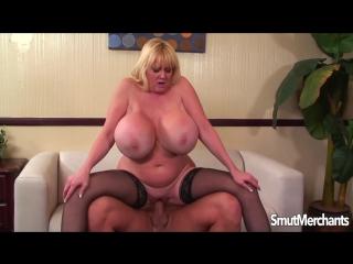 Kayla Kleevage - мужик трахнул зрелую мамку с огромными сиськами [Big Tits, MILF, Hard Sex, Blowjob, Минет, Жесткий секс,Сперма]