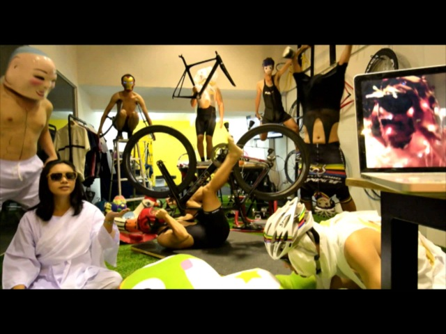 Harlem Shake : Jumm's Bike Studio Nich Cycling Edition
