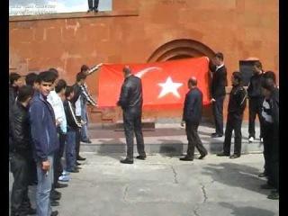 Nor Hachni eritasardutyun@ ayrum en Turqiayi drosh@ !aprili 24! Sasunciner-(Sasno-Curer)