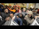 Black Friday Walmart People Fights. These people are crazy ; Black Friday Walmart 2016