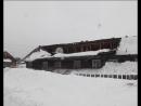 Под тяжестью снега в бараке на ул. Болотная в Тогуре частично обрушилась кровля
