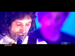 Kasabian - You're In Love With A Psycho (live)